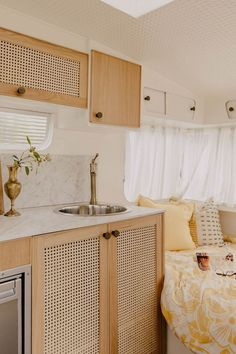 """Michael and Carlene auction their converted retro caravan """"Bumblebee"""" - E L . - Michael and Carlene auction their converted retro caravan """"Bumblebee"""" – E L I Z A – - Airstream Remodel, Camper Renovation, Trailer Remodel, Airstream Interior, Airstream Trailers, Travel Trailers, Retro Trailers, Trailer Interior, Retro Caravan"""