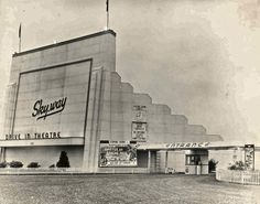 The Skyway Drive-In Ont was located on County Rd 42 Hamilton Ontario Canada, Drive In Theater, Movie Theater, Theatre, Windsor Ontario, Essex County, Old Gas Stations, Star Wars, Roadside Attractions