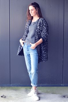 Me, my boyfriend and I - Happiness is an outfit Me, my boyfriend and I - Happiness is an outfit leopard print boyfriend jeans loose fit denim white sneakers nelly.com sneaker wedges grey sweater french connection brunette outfit inspiration fashion blogger streetstyle dutch model off duty coat autumn trends sporty