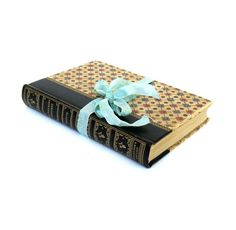 Wuthering Heights by Emily Bronte Pocket by LadyFransLibrary