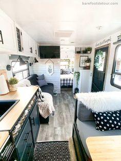 Camper Interior, Diy Camper, Popup Camper, Camper Ideas, Camper Life, Rv Life, How To Remodel A Camper, Camper Renovation, Trailer Remodel