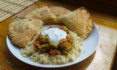 Arabic kitchen, Hummus, Arabskie pierożki z hummusem,  kuchnia Arabska