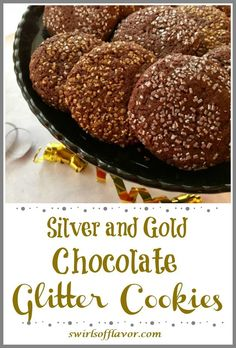 Our Chocolate Glitter Cookies recipe is an easy homemade chocolate cookie thats rolled in silver and gold sugars making them sparkle on your dessert table! Holiday baking just got delicious! Single Serve Desserts, Desserts For A Crowd, Winter Desserts, Easy Desserts, Delicious Desserts, Hot Fudge Cake, Hot Chocolate Fudge, Homemade Chocolate, Best Cookie Recipes