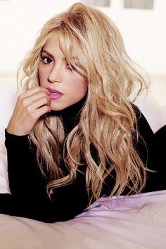 Shakira     #shakira #qtrax #free #legal #download #site #play #player #music #collection #lyrics #musicclips #clips #videos #freemp3 #news