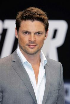 Karl Urban. SubCategory A: Suit porn. SubCategory B: Mr. Urban, We Must Have A Thorough (And Intimate) Tete-a-Tete Regarding This Button Allergy Business. It Is Out Of Hand. My Hand. And That Is Simply Unacceptable.