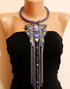 Beautiful embroidered jewelry by Anna Galash   Beads Magic