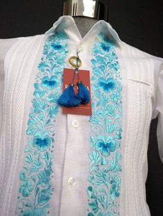 Guayabera with Blues Business Casual Men, Men Casual, Panama, Mexican Themed Weddings, Greek Fashion, Can Design, Special Events, Gentleman, Blues