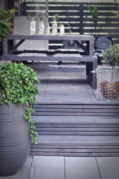 pepparochvanilj.se | tina@sundling.info Outside Living, Summer Kitchen, Garden Shop, Outdoor Spaces, Outdoor Gardens, Porch, Bbq, Outdoors, Patio