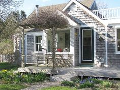 Cape Cod rental, East Orleans $1700/week.  Close to the beach.