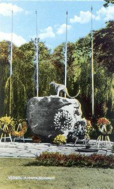 Veghel Airborne monument kangaroo