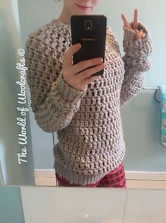 This pattern calls for 800g of bulky weight yarn, worked up into a wonderful jumper, its a very simple yet effective jumper. any questions please message me!