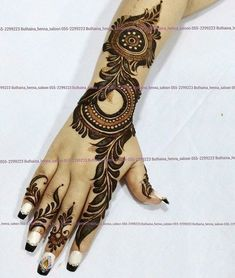 Design Discover Girls paint their hands and legs with lovely and pretty new mehndi designs. These stunning mehndi designs are perfect for everybody. Latest Arabic Mehndi Designs, Mehndi Designs For Girls, Arabic Henna Designs, Mehndi Designs Stylish Henna Hand Designs, Dulhan Mehndi Designs, Mehndi Designs Finger, Khafif Mehndi Design, Latest Arabic Mehndi Designs, Mehndi Designs 2018, Mehndi Designs For Girls, Mehndi Designs For Beginners, Modern Mehndi Designs