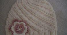 Vi er mange som har strikket Odessaluer, jeg blir aldri lei av dem!  Luen er enkel og morsom å strikke, og resultatet blir fint synes jeg. ... Keds, Beanie, Tutorials, Beanies