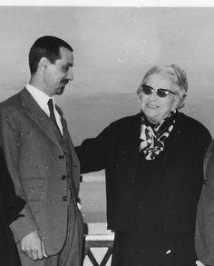 SONIA DELAUNAY con Edoardo Manzoni, maggio 1966, in occasione della mostra alla Galleria La Polena