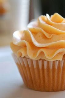 Homemade Peach Buttercream ~ made with fresh peaches...