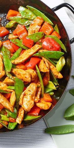 The sweet pea Sweet Chili Chicken is the perfect dish for fans of asi . - - rezepte The sweet pea Sweet Chili Chicken is the perfect dish for fans of asi … – Top Trends Sweet Chili Chicken, Pepper Chicken, Sesame Chicken, Asian Recipes, Healthy Recipes, Sweet Recipes, Sweet And Spicy Sauce, Different Recipes, Food Inspiration