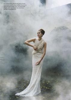 Smokey effect photography idea (Fog / smoke Machine or smoke pellet?)