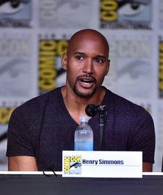 Henry Simmons - IMDb