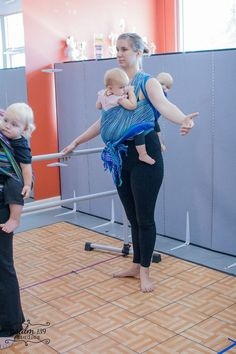 Second Babywearing Ballet Class 4 (Wrapping Twins)