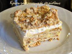 gr 2017 06 syntagi-millefeuille-me-cream-crackers-kai-anthos-aravositou. Greek Desserts, Greek Recipes, Desert Recipes, Cookbook Recipes, Cooking Recipes, Cream Crackers, Sweet Bakery, How Sweet Eats, Frozen Yogurt
