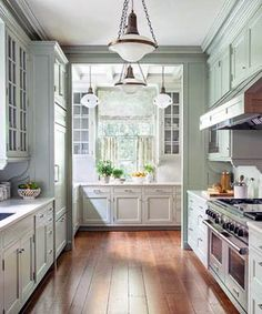 Green Kitchen Cabinets– Green is actually absolutely a lovely shade for your home kitchens. It is lively as well as great concurrently. Mint Green Kitchen, Green Kitchen Cabinets, Floors Kitchen, Brass Kitchen, Küchen Design, Home Design, Design Ideas, Style Cottage, French Country Kitchens