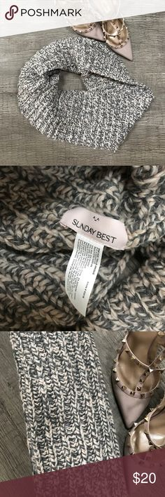 ARITZIA Sunday best brand infinity knitted scarf. ARITZIA Sunday best brand infinity knitted scarf.  Like new condition, only worn maybe twice three times for a short time. Aritzia Accessories Scarves & Wraps