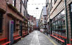What to do in Belfast Ireland in 2 Days >> insider tips! | www.apassionandapassport.com