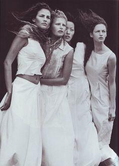 """A windy summer""  Kae Lee Iwakawa, Fernanda Tavares, Vivien Solari by Peter Linbergh  Vogue Italia, May 1999  #PeterLinbergh #Vogue #KaeLeeIwakawa #FernandaTavares #VivienSolari #VogueItalia #90s"