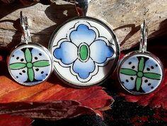 Morrocan Mystery Pendant and Earring Set - (EP68) Broken China Jewelry, Earring Set, Pendant, Hang Tags, Pendants