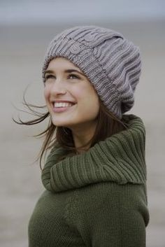 How+to+Make+a+Slouchy+Beret+Using+a+Round+Loom+