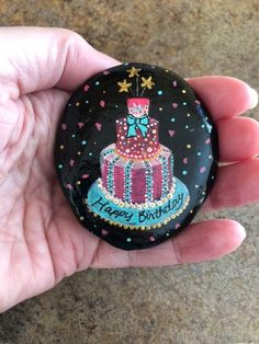 Hand painted Happy Birthday rock from Rock Painting Ideas Easy, Rock Painting Designs, Pebble Painting, Stone Painting, Happy Birthday Painting, Drawing Rocks, Pet Rocks, Rock Design, Hand Painted Rocks