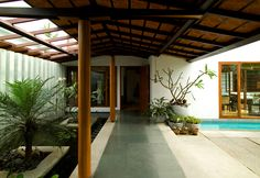 Zachariah House - Khosla Associates   My fetish for internal courtyards!