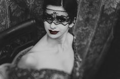 black lady with red lips