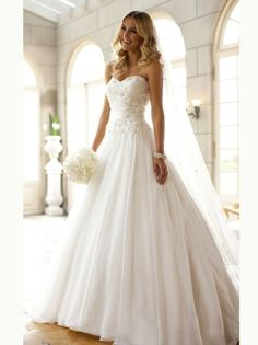 White A Line Sweetheart Lace Organza 2013 Wedding Dresses | JJ likes how it's fitted to the natural waist and then flares
