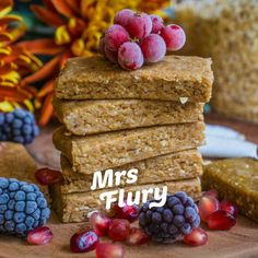 Gesunde Protein Energie Riegel vegan - Mrs Flury - gesund essen & leben-Atıştırmalık tarifler - Las recetas más prácticas y fáciles Healthy Protein Snacks, Vegan Protein, Keto Snacks, Protein Recipes, Protein Energy, Energy Bars, Protein Bars, Vegan Recipes, Snack Recipes