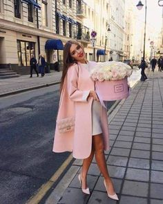 Paris Chic, Looks Street Style, Looks Style, Luxury Lifestyle Fashion, Luxury Fashion, Boujee Lifestyle, Mode Outfits, Fashion Outfits, Women's Fashion