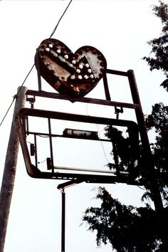 Arrow Heart sign