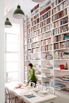 via house crush: wow, what a book case!