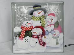 Glass Block Light-Snowman Family-Night Light by bestemancreations Painted Glass Blocks, Lighted Glass Blocks, Christmas Projects, Holiday Crafts, Christmas Crafts, Christmas Wood, Christmas Signs, Block Painting, Tole Painting