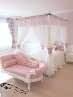 great teenage girl room decor from dressing table to cute bedroom be the prettiest ! « Dreamsscape great teenage girl room decor from dressing table to cute bedroom be the prettiest ! Cute Bedroom Ideas, Cute Room Decor, Girl Bedroom Designs, Room Ideas Bedroom, Wood Bedroom, Diy Bedroom, Bedroom Furniture, Design Bedroom, Bedroom Inspiration