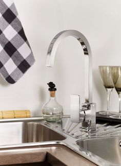 Square kitchen taps by Grohe – You'll find it @ www.plumbitonline.co.za Square Kitchen, Kitchen Taps, Sink, Modern, Home Decor, Trendy Tree, Kitchen Faucets, Room Decor, Sink Tops