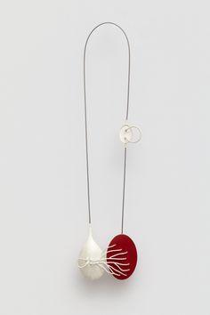 Katja Prins : Inter-Act necklace