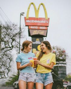 Pinterest: grace350 Insta: graceryaann Girls , Instagram , Insta , aesthetic, beach , food , McDonalds , beach , summer , photography , theme , ideas , pink , blue pretty , flowers
