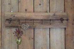 Steigerhout  kapstok  met verschuifbare haken