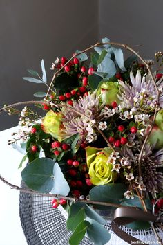 DIY: Romantik, Liebe, Valentinstag. Überrasche deinen Liebsten mit schönen Blumen als Geschenk. So geht ein Strauß, den Männer richtig mögen.