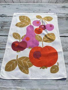 Retro Kitchen Towel . Mod Towel . Seventies Towel . Apple, Pear And Cherries