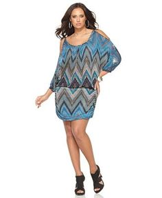 Soprano Plus Size Dress, Cold Shoulder Printed Ruched
