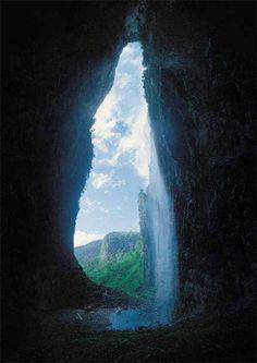 Ontdek een universum onder de wereld: de grotten der eeuwigheid. - Xead.nl
