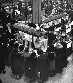 Macy's Department Store 1948 Christmas