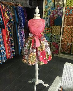 The best collection of unique and classic ankara gown styles of these ankara gowns are classically made Baby African Clothes, African Dresses For Kids, African Print Dresses, African Fashion Ankara, African Print Fashion, Baby Girl Party Dresses, Girls Dresses, Mode Batik, Ankara Styles For Kids